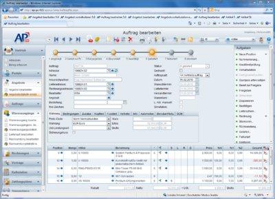 Auftragsbearbeitung: In der neuen APplus-Version kann man den Status von Aufträgen über eine Statusleiste mit Meilensteinen unmittelbar ersehen und verstehen