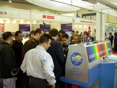 Große Nachfrage nach Laserschweißen bei Treffert auf der Plast Eurasia 2006