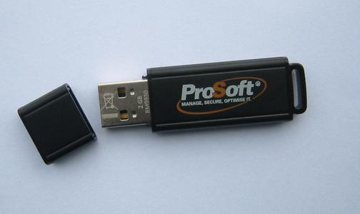 USB-Stick mit integriertem Prozessor, Hardware-Verschlüsselung und zentraler Management-Software bei ProSoft