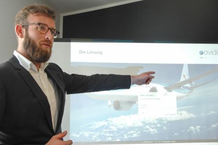 Patrick Hallmann referiert zum Tool ARC Desk