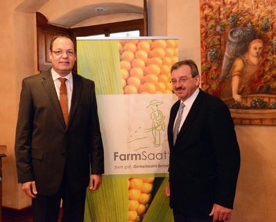 Vorstand Swen Wolke und Ludwig Feldmeier auf der Hauptversammlung