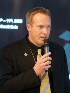 Continental-Pressesprecher Alexander Bahlmann