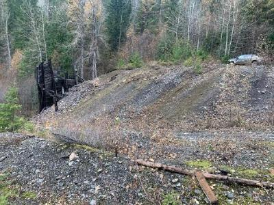 Photograph of the Ymir-Protection mine dump from which sample D0004168 assayed 13.1 grams per tonne gold and 145 grams per tonne silver.