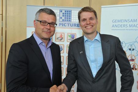 Norbert Ahrend, Geschäftsführer AIOS GmbH (li.) und Dr. Lars Algermissen