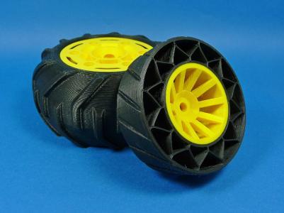 Reifen aus TPE mit Felge aus ABS gedruckt im FLM-Verfahren