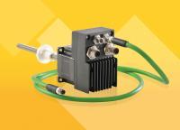 Der Closed Loop-Schrittmotor CLA bietet die Funktionalitäten eines Servomotors, ist aber deutlich günstiger