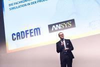 """: """"Wir bieten auch in diesem Jahr ein umfassendes Programm, das über aktuelle Themen und Trends der numerischen Simulation informiert und dabei die aktuellen Entwicklungen des digitalen und industriellen Wan-dels aufgreift"""", sagt Dr.-Ing. Christoph Müller, Geschäftsführer von CADFEM, Quelle: CADFEM"""