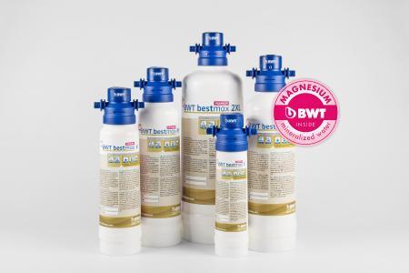 BWT bestmax PREMIUM mit BWT Magnesium-Technologie verbessert die sensorische Qualität des Wassers merklich / Foto: BWT water+more