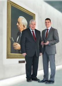 (from left) Dr Dieter Kress (President) and Dr Jochen Kress (Member of the Executive Board) in front of a painting that depicts the company founder Dr Georg Kress