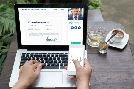 Für den rechtssichern Abschluss eines Vertrages bei Online-Beratungen hat Idiligo die inSign-Technologie von iS2 integriert. Die digitale Unterschrift erfolgt beispielsweise über ein Smartphone oder Tablet und lässt sich ebenso einfach wie sicher in den Dokumentationsprozess einbinden, Foto: Idiligo