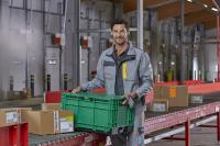Die expert-Gruppe setzt für den Warenversand an ihre Fachmärkte und Fachgeschäfte jetzt auf eine gemeinsam mit trans-o-flex Express entwickelte Transportlösung mit umweltfreundlichen Mehrwegbehältern (Foto: trans-o-flex)