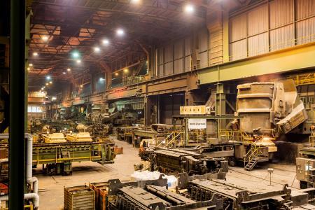Drehturm der Stranggießanlage Nr. 2. Die vier Stranggießanlagen im Werk der Salzgitter Flachstahl wurden von SMS group geliefert (Foto: Salzgitter Flachstahl)