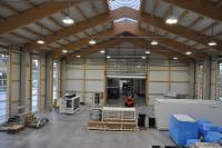 HPL Hallenstrahler sorgen für gutes Licht in besonders hohen Hallen