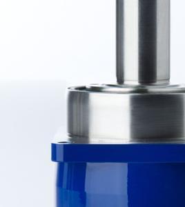 Ausdruck der Perfektion: Die neueste Generation der Planetengetriebe SP+/TP+ der WITTENSTEIN alpha GmbH bieten den Anwendern mehr Leistung bei gleichen Abmessungen.