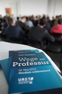 """""""Wege zur FH-Professur"""": Info-Roadshow über Karriereperspektiven / Foto: Sabrina Peters, Hochschule Bremen"""