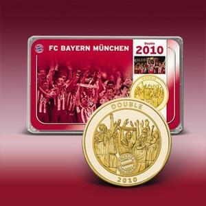 """Die offizielle Gedenkprägung zum """"Double"""" des FCB im Jahre 2010. Kommt jetzt das """"Große Triple""""? Bild: Bayerisches Münzkontor"""