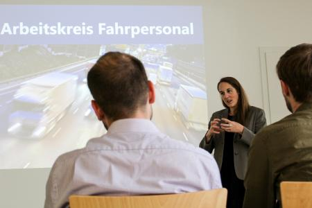 Die ELVIS AG geht mit dem Projekt Fahrpersonal aktiv das wach-sende Problem des Fahrermangels an (Foto: ELVIS)