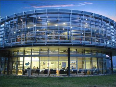 Bibliothek am RheinAhrCampus der Hochschule Koblenz, Bildquelle: Hochschule Koblenz