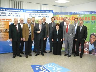 Die Stiftungsgründer auf der Gründungsversammlung der BFS/ESaK-Stiftung am 13.12.2007 in Maintal