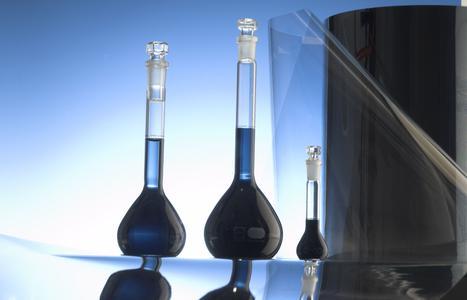 Heraeus Clevios entwickelt leiftfähige Polymere zur Herstellung von elektrisch leitenden Folien für flexible Touchscreens