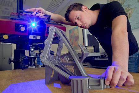 C 3: Taking optical measurements of a lightweight structure (source: AKTIV/Karmann)