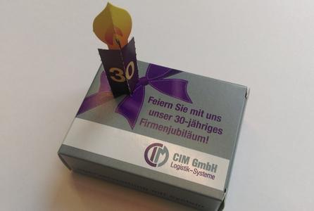 Mit diesem Jubiläumskuchen überrascht die CIM GmbH zum Geburtstag ihre Kunden