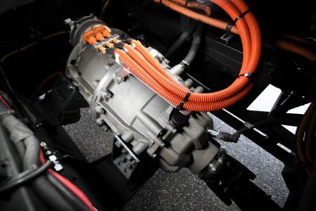 Bereit für die Serie: Der elektrische Zentralantrieb CeTrax für Nutzfahrzeuge kann ohne größeren Aufwand in eine bestehende Fahrzeugplattform integriert werden