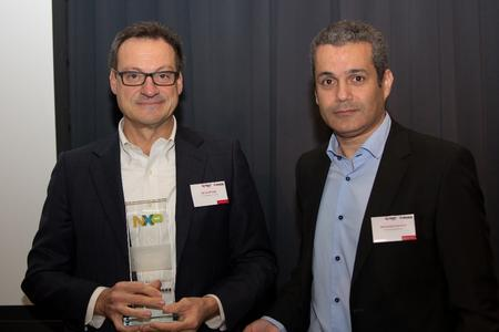 (f.l.t.r.): Mario Orlandi, President Avnet Memec – Silica, and Dr. Mohamed Chemloul, VP Customer Application Support NXP Semiconductors