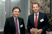 Gerd Cimiotti (links), Geschäftsführer der SRC Security Research & Consulting GmbH, gemeinsam mit Marcus W. Mosen, Geschäftsführer der easycash Holding GmbH