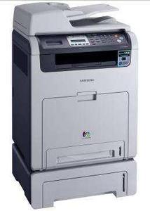 CLX-6200ND (mit Zusatzpapiermagazin)