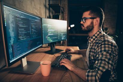 Java Fullstack-Entwickler Big Document Based Data (m/w/d)