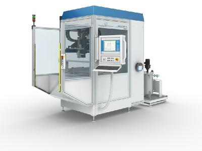 The exhibited dispensing cell SMART-M at Automechanika has a modular design and can be flexibly adapted to different manufacturing concepts.
