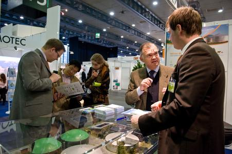 """Zum fünften Mal treffen sich am 5. und 6. Mai 2010 Experten und Entscheider zur internationalen Fachmesse und -konferenz """"waste to energy"""" in der Messe Bremen. Partnerland in diesem Jahr ist Großbritannien"""