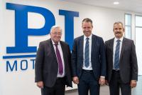 Looking forward to successful cooperation in the PI Ceramic General Management: Dr. Karl Spanner, Dr. Patrick Pertsch, and Dr. Peter Schittenhelm (from left to right) (image: PI)