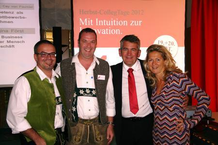 from left: Thomas Schäfer, Uwe Niekrawietz and the speakers of SchmidtColleg