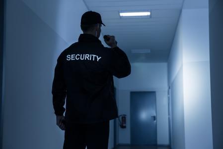 Normreihe DIN 77200 - Sicherheitsdienstleister werden mit neuen Normteilen und erweiterten Anforderungen konfrontiert. (c) Fotolia 51450103