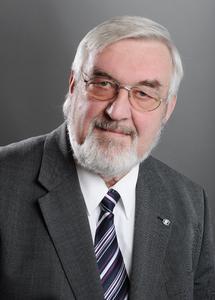 Dr. Henri Cohrt ist seit 1. Januar 2014 neuer Abteilungsgeschäftsführer der Fachabteilung Ceramic Composites im Carbon Composites e.V. (CCeV).