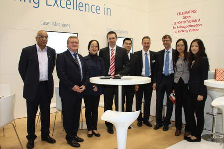 Jenoptik has sold a JENOPTIK-VOTAN® A laser perforating system to China, making it the 200th unit worldwide. from left: Mr. Dave Banse (YFV USA), Mr. Wolfgang Wittenbecher (JOAT), Ms. Xiling Wang (YFV China), Dr. Thomas Fehn (JOL), Mr. Yun Wang (YFV China), Mr. Heiz-Georg Geissler (JOAT), Mr. Martin Griebel (JOAT), Ms. Yuru Pan (YFV China), Ms. Jia Zhu (YFV China).