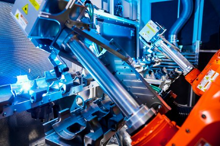 Laser pretreatment of components for the automotive industry