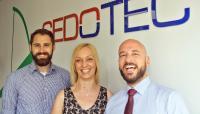 Durch den Kulturwandel der letzten Jahre haben sich Teamgeist und Kommunikation bei SEDOTEC verbessert. Mitarbeiter fordern von sich aus mehr Verantwortung. Sie fühlen sich nicht nur fachlich, sondern auch menschlich eingebunden. © SEDOTEC
