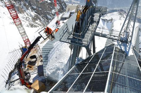 Une Fassi F425RA.2.24 e-dynamic sur le Mont Blanc