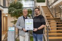 v.l. Ralph Weidling und Betriebsleiter Henning Voß