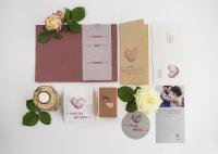Versafire Wedding Kit: print sample folder from Heidelberg provides inspiration for new products