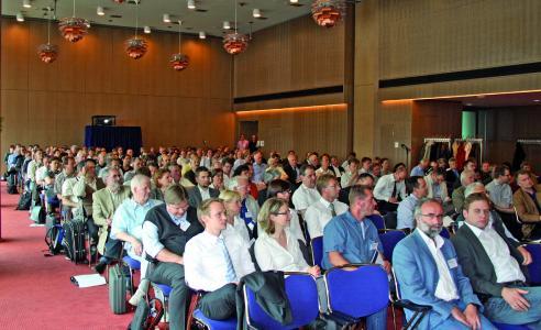 Fachpublikum trifft sich alle zwei Jahre zum Innendämmkongress in Dresden (Bild: Bernhard Remmers Akademie, Löningen)