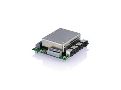 Der E-870.41 ermöglicht durch Demultiplexing die serielle Ansteuerung von bis zu vier PIShift Kanälen