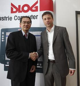 Ke Cheng Liu, Advantech CEO, und Hans-Peter Nüdling, DLoG CEO.