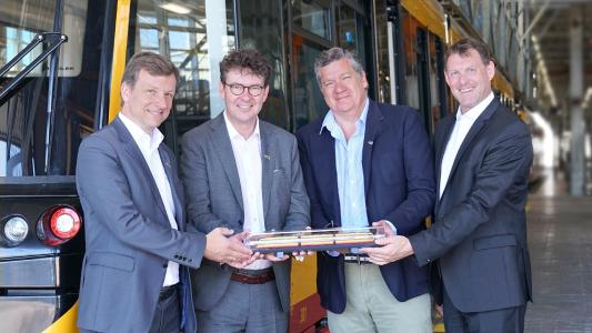 New Citylink NET 2012 LRVs in Karlsruhe: Electrical competence for passenger comfort and attractive regional transport