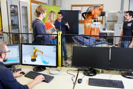 Weiterqualifizierung für Ingenieure - flexibel neben dem Beruf