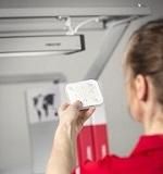 Einfache Steuerung – Treston NaturLite LED plus 1200 wird entweder per mobiler App oder per Fernbedienung geregelt