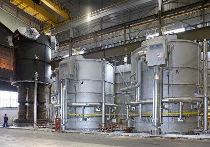 Haubenöfen des österreichischen Industrieofenbauers Ebner zur Wärmebehandlung von metallischen Produkten, Foto: Ebner Industrieofenbau GmbH